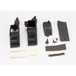 Box, receiver & battery (2)/ cover/ foam pad & adhesive/ charge jack plug (rubber)/ 4x8mm BCS (1)/ 4x12mm BCS (2) (contains both boxes to accommodate either AA battery holder or RX flat pack)