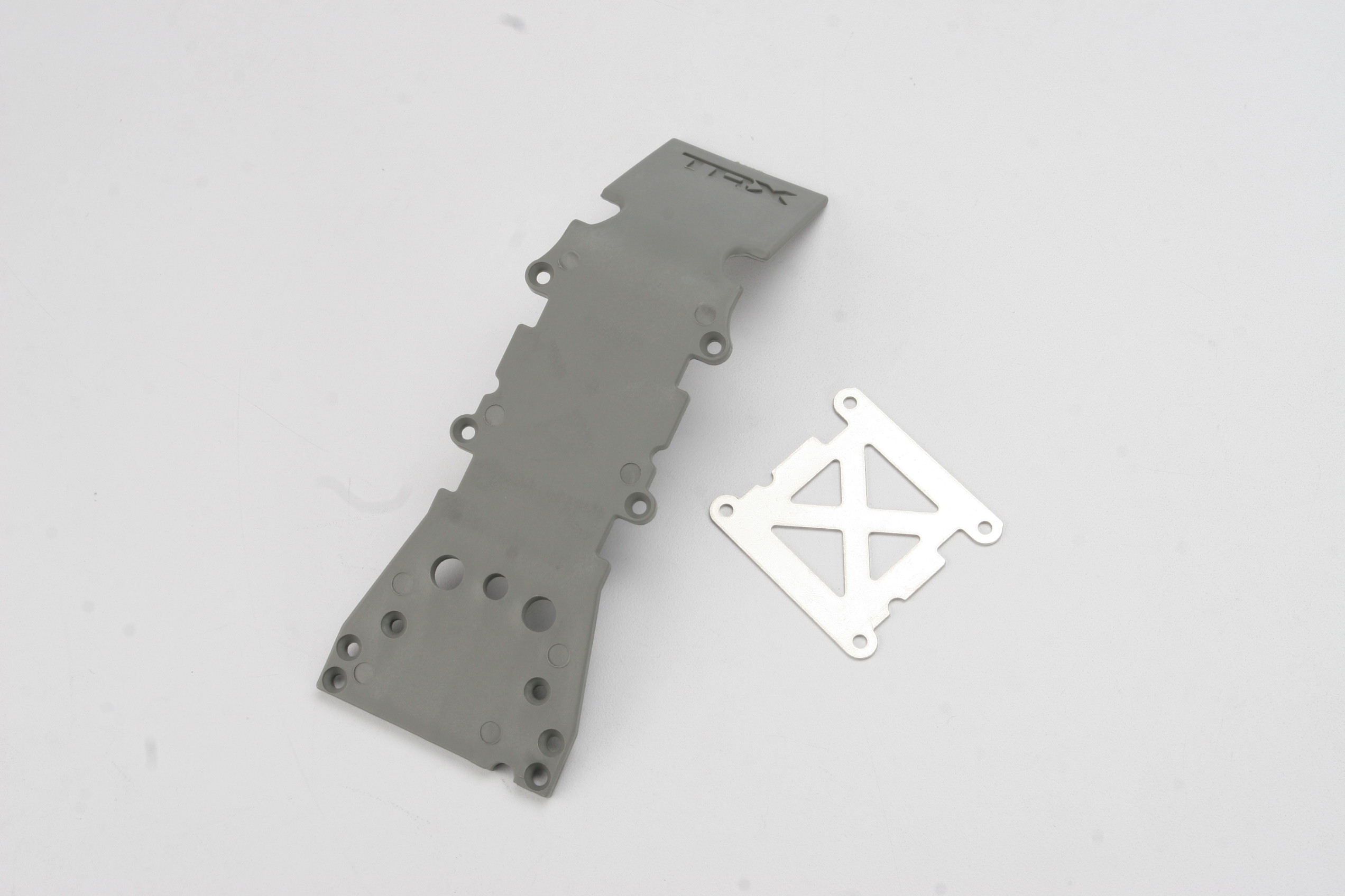 Skidplate, front plastic (grey)/ stainless steel plate