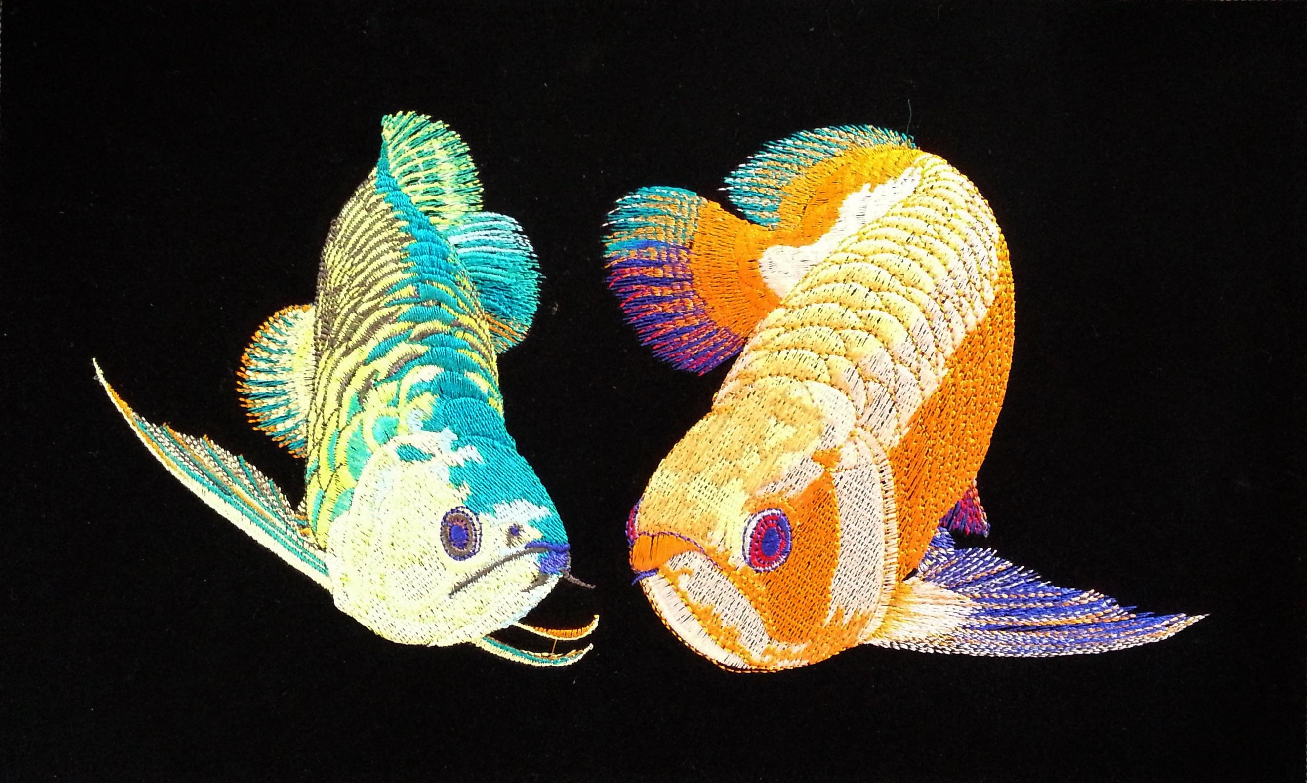 ภาพปักปลามังกรคู่